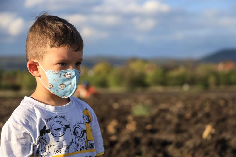 Με προσοχή οι μάσκες στα παιδιά-Με προσοχή και οι δηλώσεις